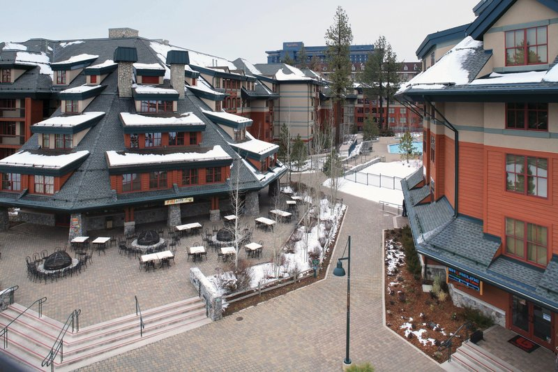 The Landing Resort and Spa-Courtyard<br/>Image from Leonardo