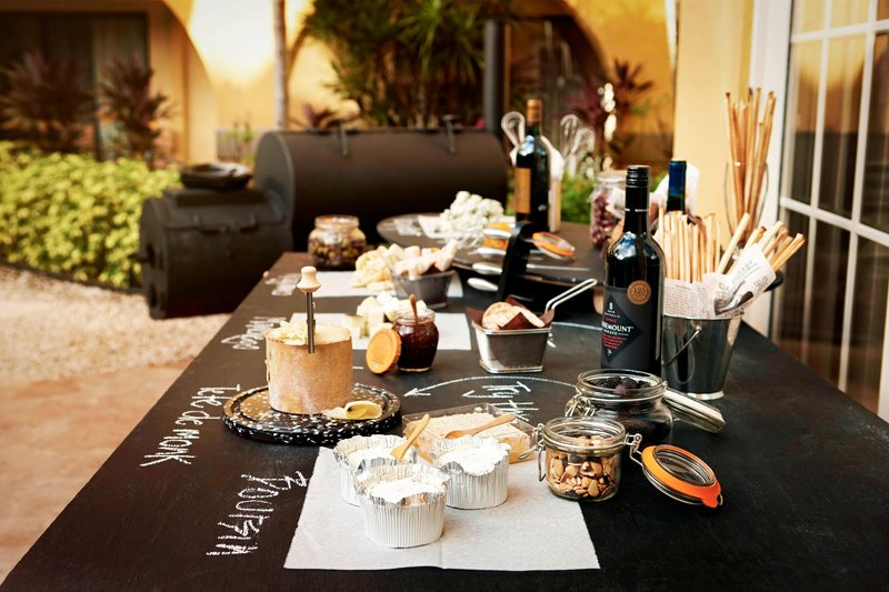 Marriott Grand Cayman-Catering Displays<br/>Image from Leonardo