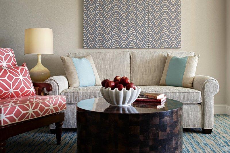 Marriott Grand Cayman-Oceanfront Junior Suite - Sitting Area<br/>Image from Leonardo