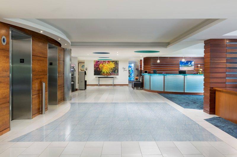 Courtyard by Marriott Waikiki-Lobby<br/>Image from Leonardo