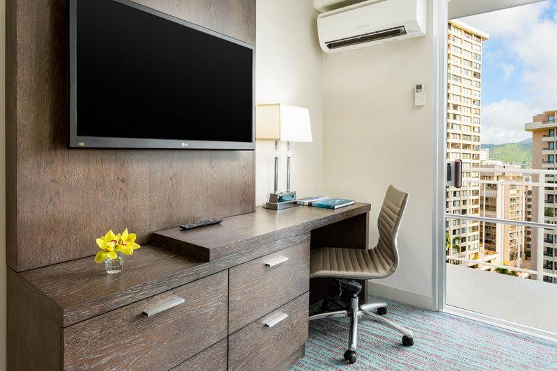 Courtyard by Marriott Waikiki-Queen Guest Room Work Desk<br/>Image from Leonardo
