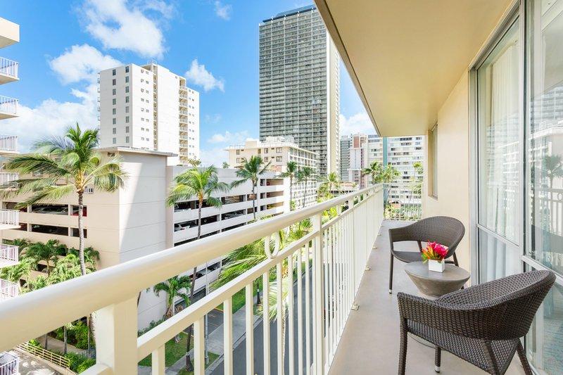 Courtyard by Marriott Waikiki-Deluxe Double/Double Guest Room - Balcony<br/>Image from Leonardo