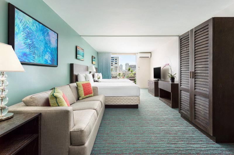Courtyard by Marriott Waikiki-Junior Suite<br/>Image from Leonardo