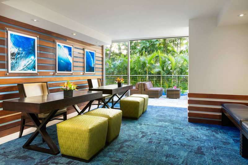 Courtyard by Marriott Waikiki-Tour Desk<br/>Image from Leonardo