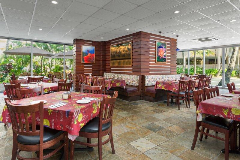 Courtyard by Marriott Waikiki-Spada Bar & Restaurant<br/>Image from Leonardo