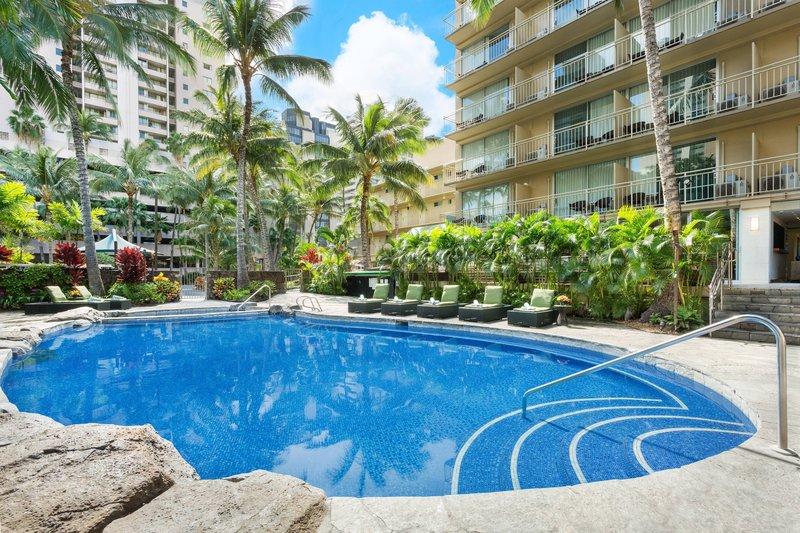 Courtyard by Marriott Waikiki-Outdoor Pool<br/>Image from Leonardo