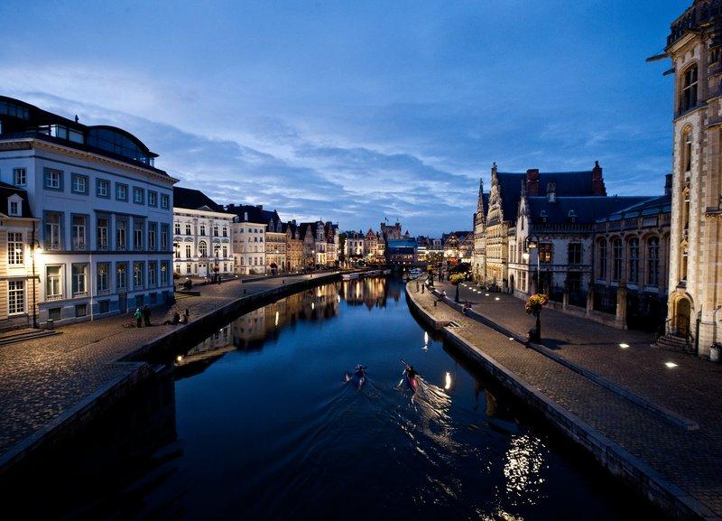 Holiday Inn Express Gent-Graslei and Korenlei Ghent (4 Km)<br/>Image from Leonardo