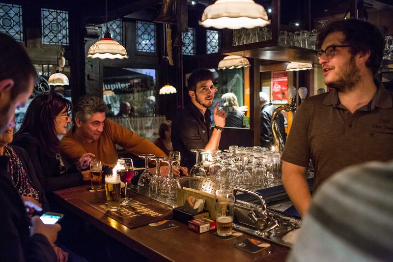 Holiday Inn Express Gent-Beers and candlelight in Ghent<br/>Image from Leonardo