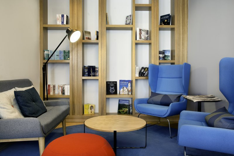 Holiday Inn Express Stuttgart Airport-A relaxing space to read the newspaper in the hotel lobby.<br/>Image from Leonardo