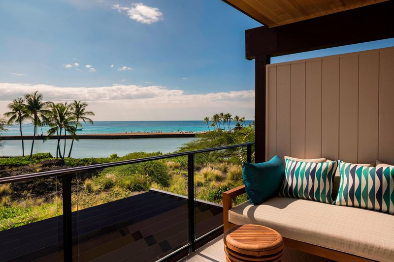 Waikoloa Beach Marriott - Na Hale Guest Room Lanai <br/>Image from Leonardo