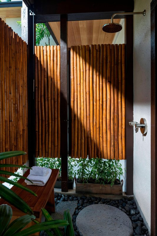 Waikoloa Beach Marriott - Na Hale Suite Outdoor Shower <br/>Image from Leonardo