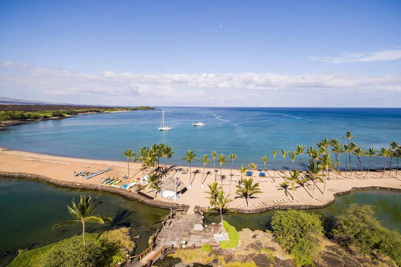 Waikoloa Beach Marriott - Ocean Sports Lagoon <br/>Image from Leonardo