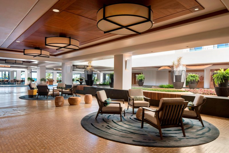 Waikoloa Beach Marriott - Lobby Seating Area <br/>Image from Leonardo