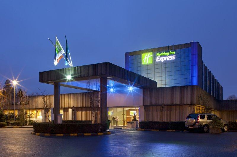 Holiday Inn Express Gent-Holiday Inn Express. Green Key eco-label certified Gent hotel<br/>Image from Leonardo