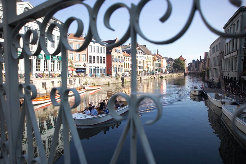 Holiday Inn Express Gent-Boat trip on the Canals in Gent (4km)<br/>Image from Leonardo