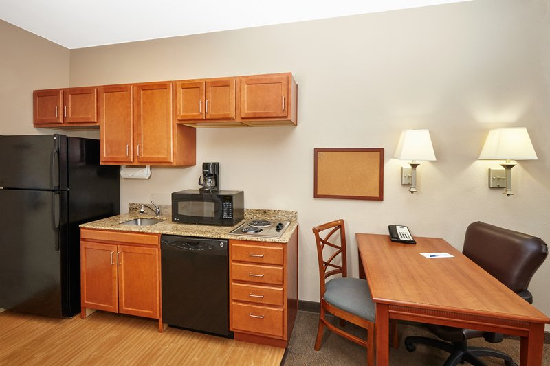 Candlewood Suites Aurora-Naperville-ADA/Handicapped accessible Studio Suite kitchen<br/>Image from Leonardo