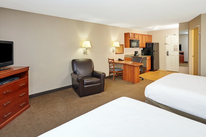 Candlewood Suites Aurora-Naperville-Two Double Bed Studio Suite<br/>Image from Leonardo