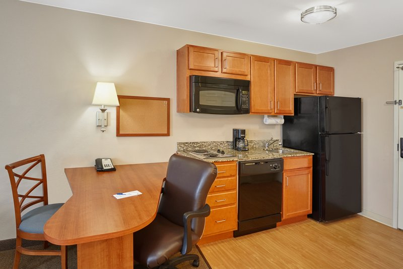 Candlewood Suites Aurora-Naperville-Two Double Bed Studio Suite kitchen<br/>Image from Leonardo