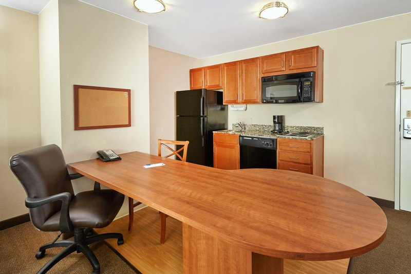Candlewood Suites Aurora-Naperville-One Bedroom Suite Kitchen<br/>Image from Leonardo