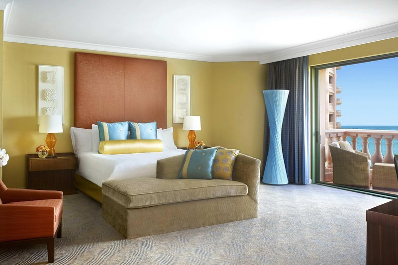 The Royal at Atlantis - Regal Suite – Bedroom <br/>Image from Leonardo