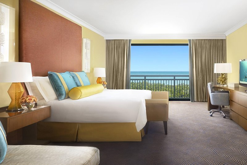 The Royal at Atlantis - Grand Suite – Bedroom <br/>Image from Leonardo