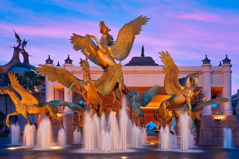 The Royal at Atlantis - Pegasus Fountain <br/>Image from Leonardo