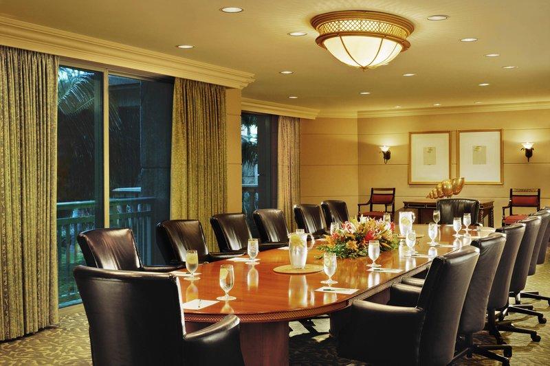 The Royal at Atlantis - The Royal Boardroom <br/>Image from Leonardo