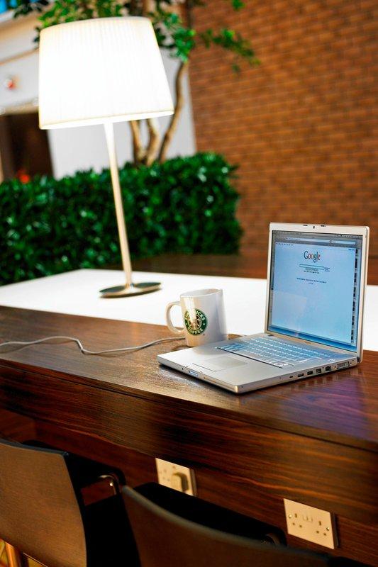 Marriott Portsmouth Hotel-Cast Iron Bar & Grill Workspace<br/>Image from Leonardo