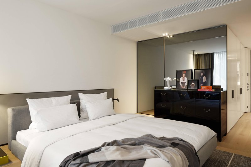 Autograph Collection Roomers Baden-Baden-King Select Guest Room<br/>Image from Leonardo
