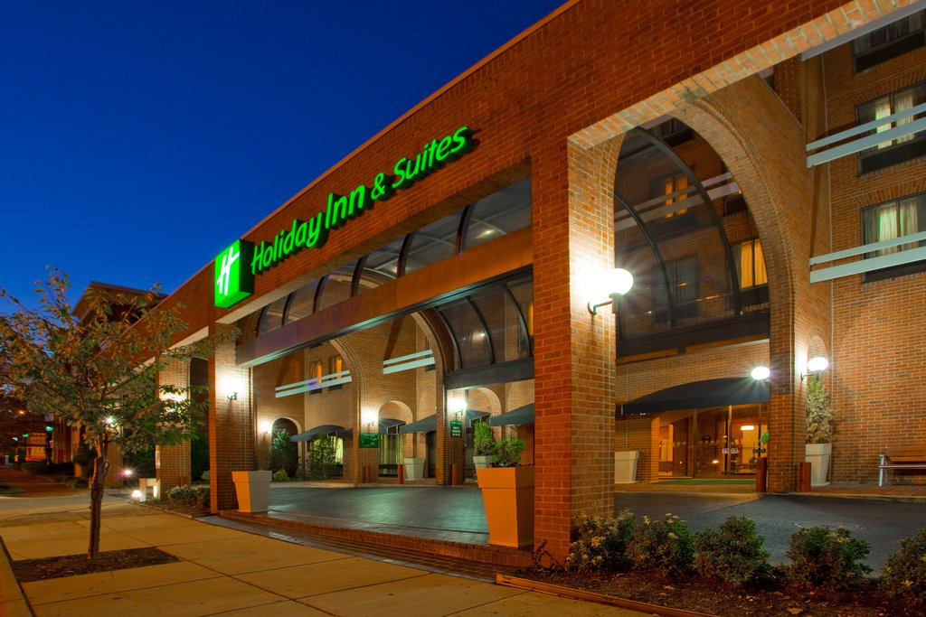 Holiday Inn Hotel &amp; Suites Alexandria Old Town-Holiday Inn Exterior: Walk To Shopping & The River<br/>Image from Leonardo
