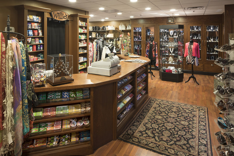 Crowne Plaza Louisville Airport Expo Center-Gift Shop<br/>Image from Leonardo