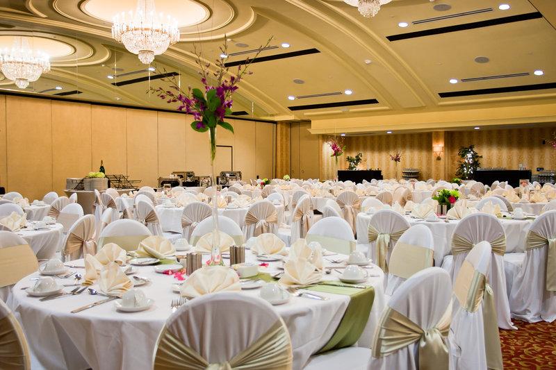 Crowne Plaza Louisville Airport Expo Center-Louisville Airport Hotel Crowne Ballroom Wedding<br/>Image from Leonardo