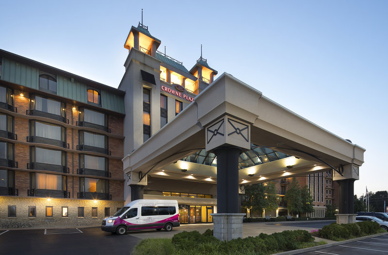 Crowne Plaza Louisville Airport Expo Center-Free Shuttle Transportation to/from Airport <br/>Image from Leonardo
