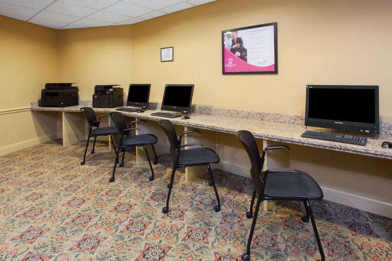 Crowne Plaza Louisville Airport Expo Center-Business Center, available 24 hours a day. <br/>Image from Leonardo