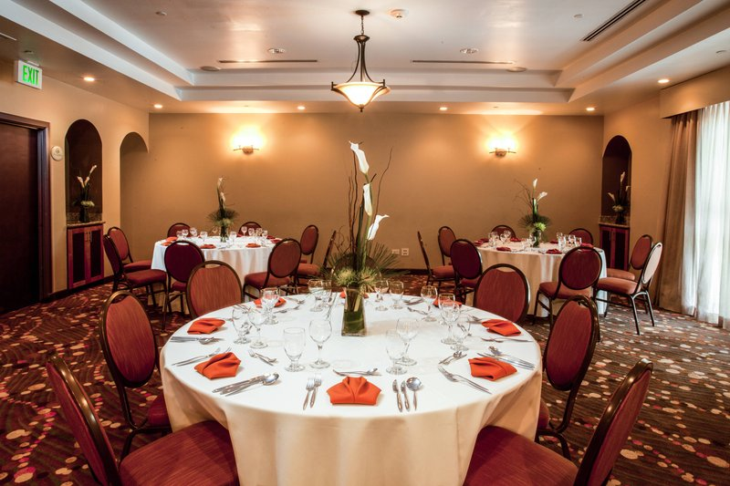 Courtyard Port of Spain-Meeting Room - Banquet Style<br/>Image from Leonardo