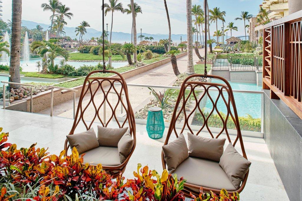 Marriott Puerto Vallarta Resort & Spa - Lobby <br/>Image from Leonardo