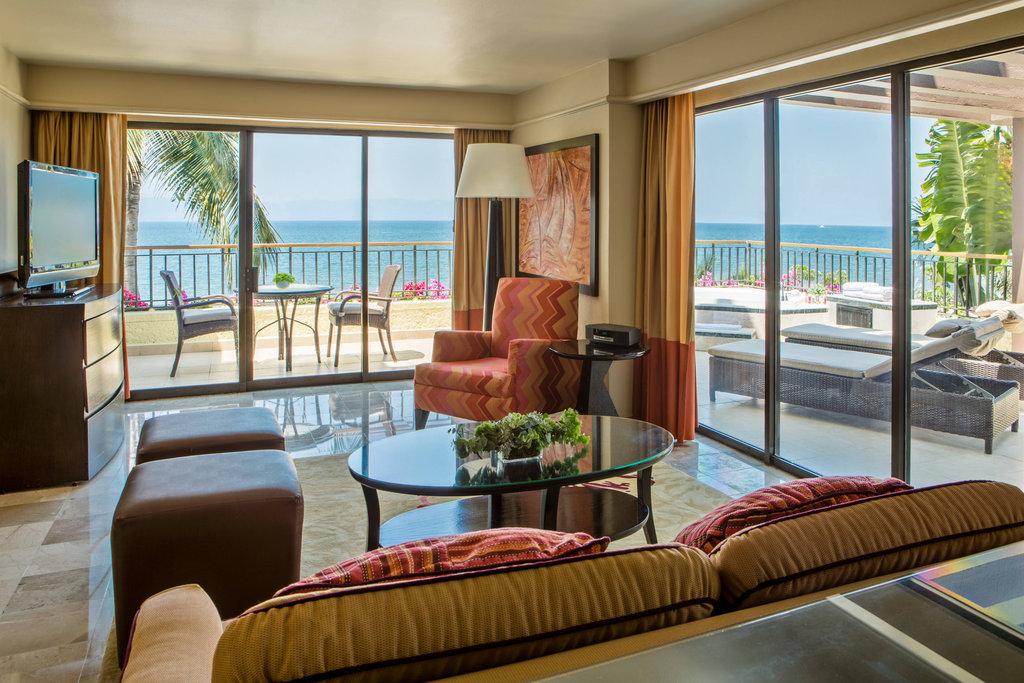 Marriott Puerto Vallarta Resort & Spa - Ambassador Suite - Living Room <br/>Image from Leonardo