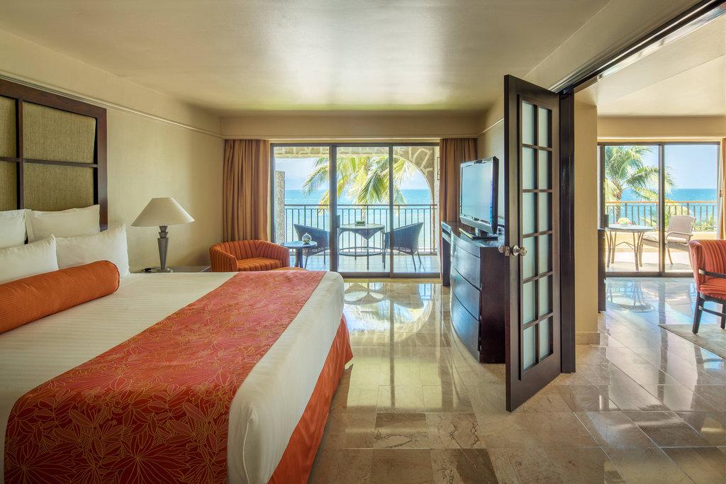 Marriott Puerto Vallarta Resort & Spa - Ambassador Suite <br/>Image from Leonardo