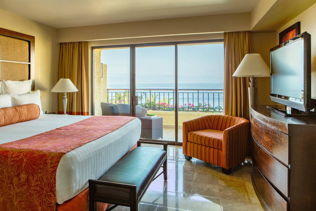 Marriott Puerto Vallarta Resort & Spa - Junior Suite <br/>Image from Leonardo