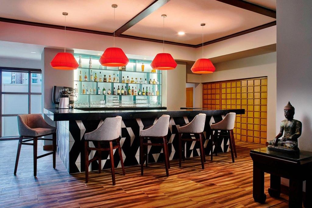 Marriott Puerto Vallarta Resort & Spa - Mikado - Bar <br/>Image from Leonardo