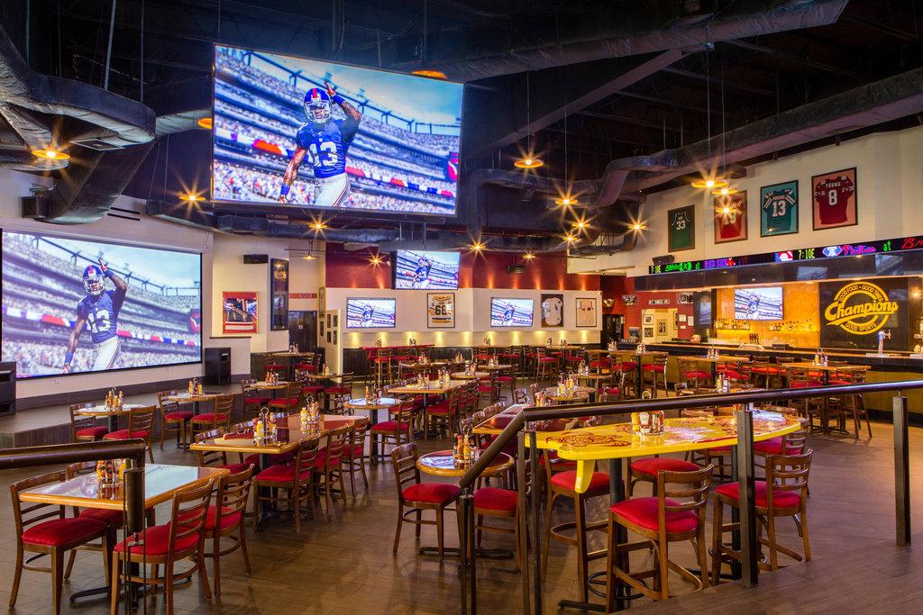 Marriott Puerto Vallarta Resort & Spa - Champions Sports Bar <br/>Image from Leonardo