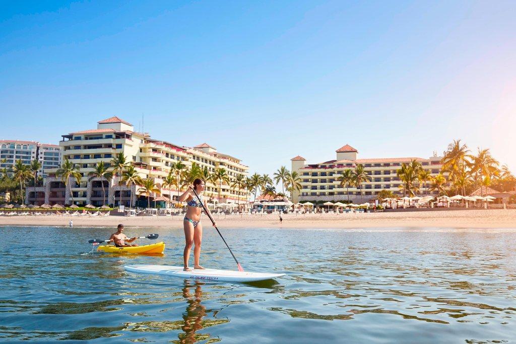 Marriott Puerto Vallarta Resort & Spa - Paddle Boarding <br/>Image from Leonardo