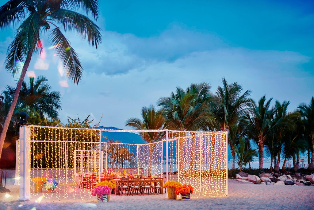 Marriott Puerto Vallarta Resort & Spa - Beach Meeting Setup <br/>Image from Leonardo