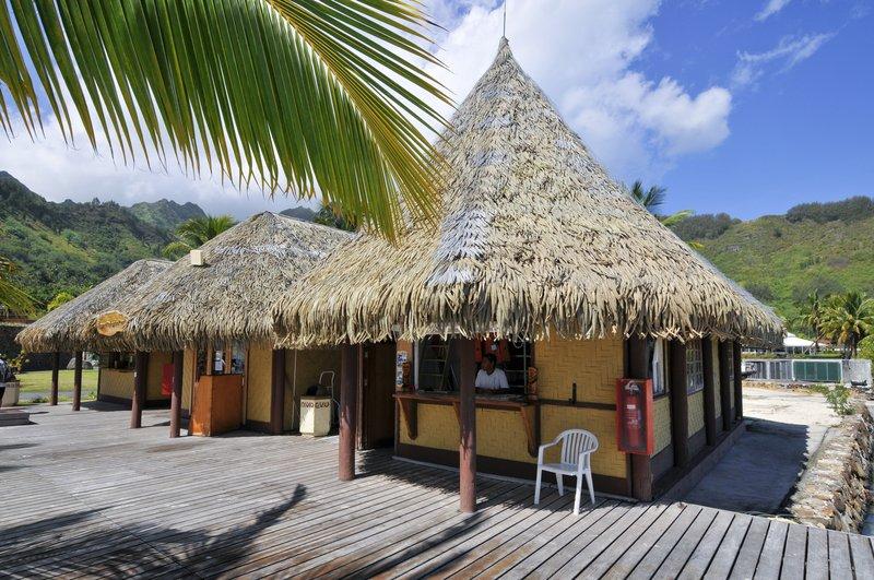 Sofitel Moorea Ia Ora Beach Resort-TOPDIVE Moorea<br/>Image from Leonardo