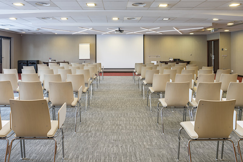 Holiday Inn Toulouse Airport-Conference Room<br/>Image from Leonardo