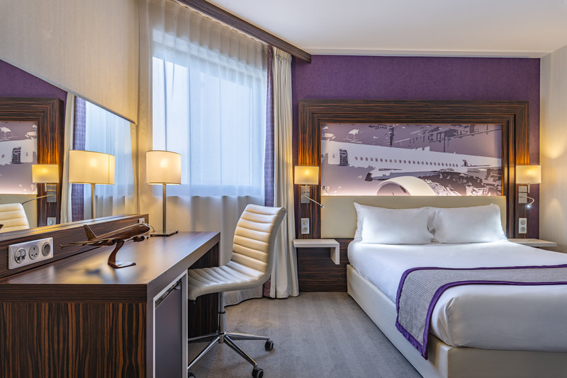 Holiday Inn Toulouse Airport-Guest Room<br/>Image from Leonardo