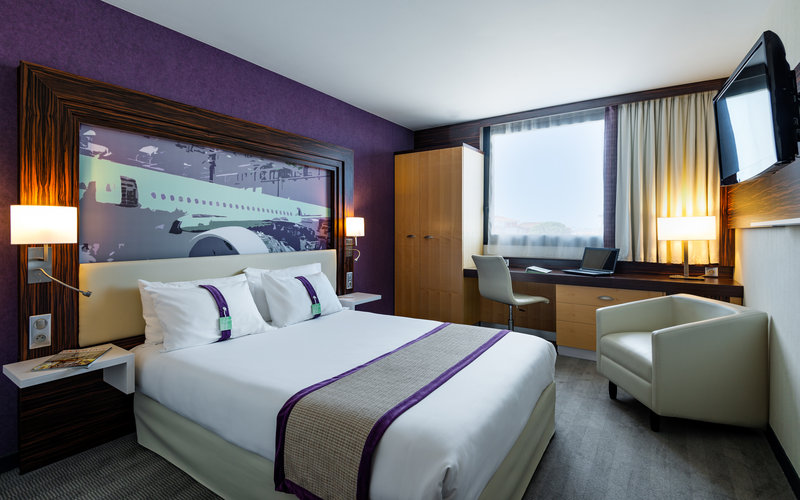 Holiday Inn Toulouse Airport-Double Bed Guest Room<br/>Image from Leonardo