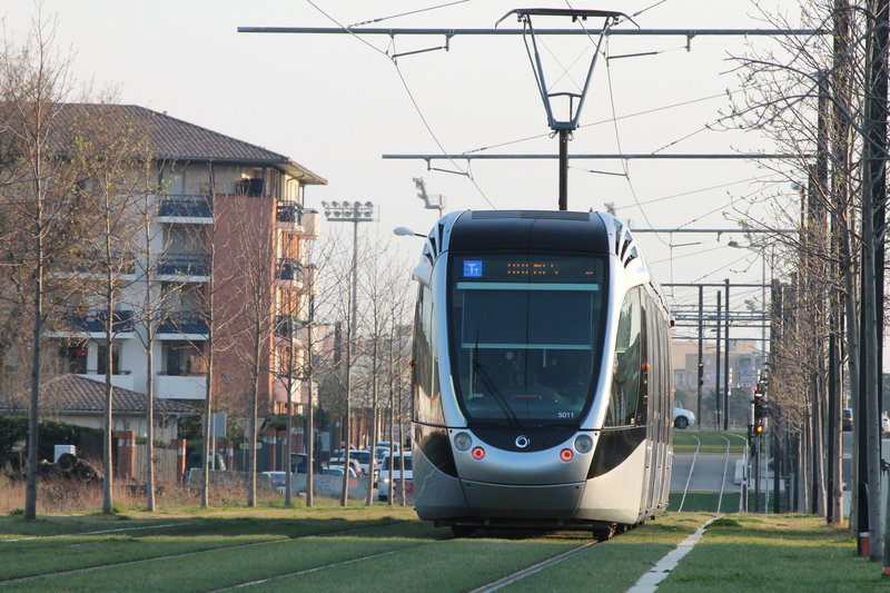 Holiday Inn Toulouse Airport-Take the tram for a walk in the city centre<br/>Image from Leonardo