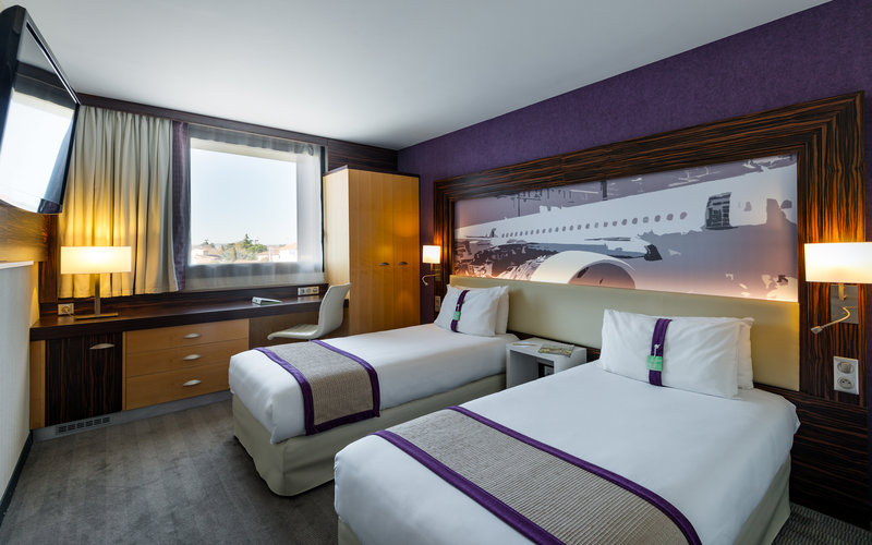 Holiday Inn Toulouse Airport-Twin beds are perfect for your kids<br/>Image from Leonardo