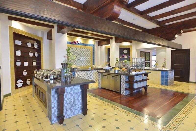 Marriott Los Suenos Ocean & Golf Resort-Hacienda Kitchen - Buffet<br/>Image from Leonardo